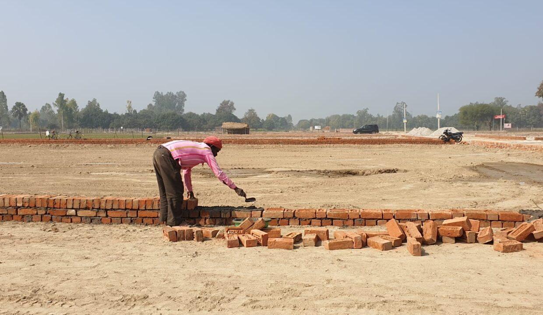Metro Plots Lucknow Near Amausi (14)