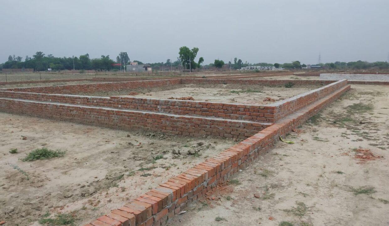 Metro Plots Lucknow Near Amausi (19)