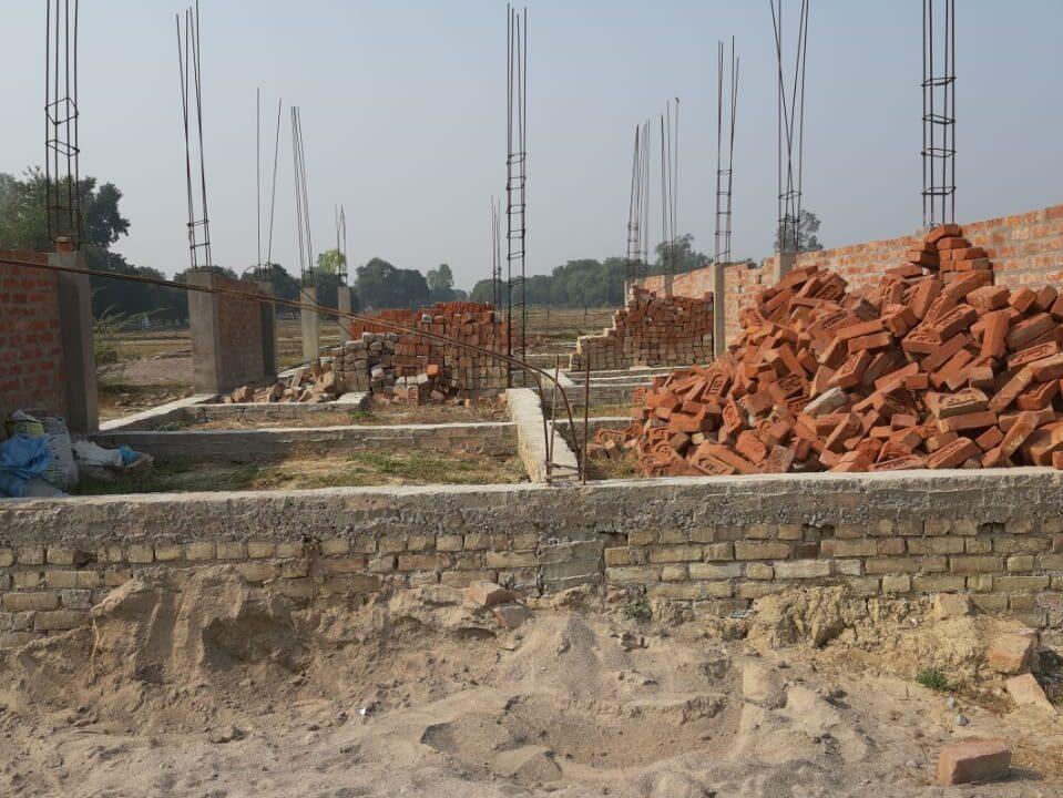 Metro Plots Lucknow Near Amausi (28)