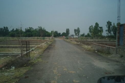 Metro Plots Lucknow Near Amausi 62